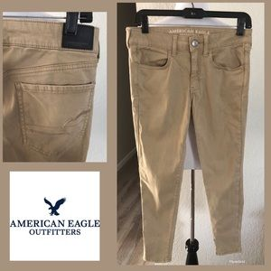 AMERICAN EAGLE OUTFITTERS SZ 8 super stretch